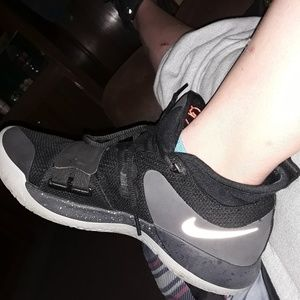 Nike Shoes - Shoes